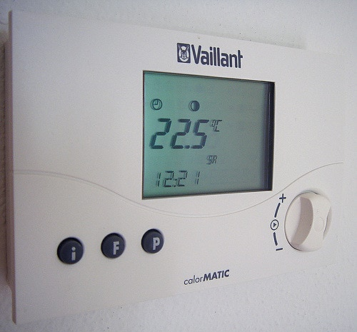 Thermostat by andybutkaj Flickr