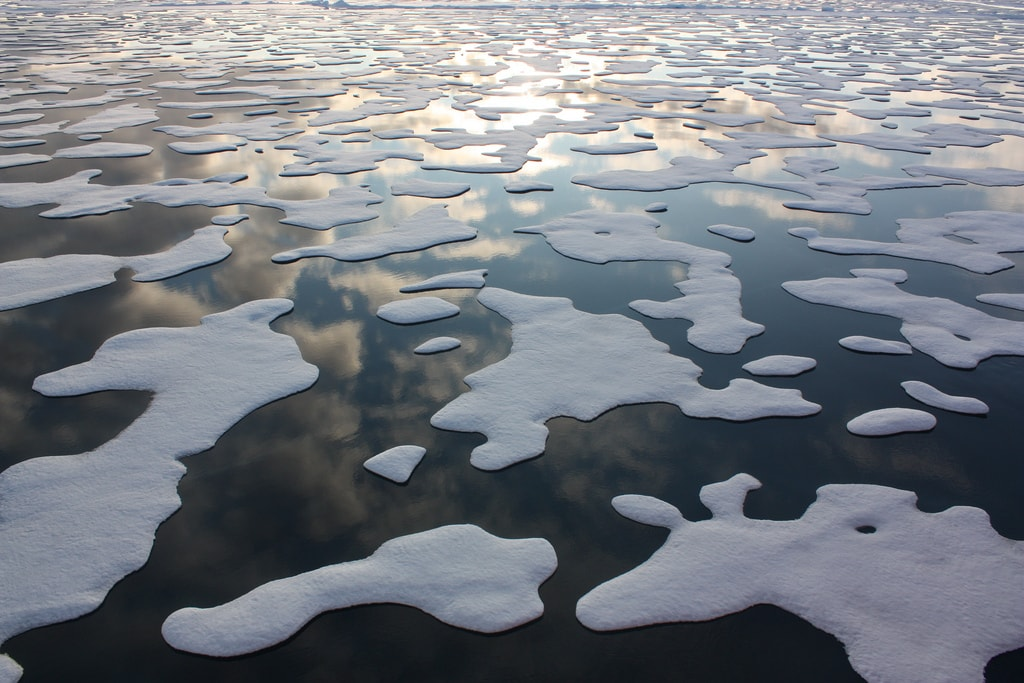 arctic sea ice patterns