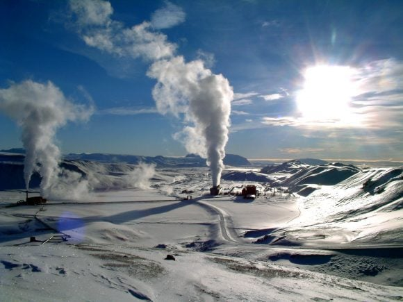 Krafla geothermal power station (Wikimedia Commons)