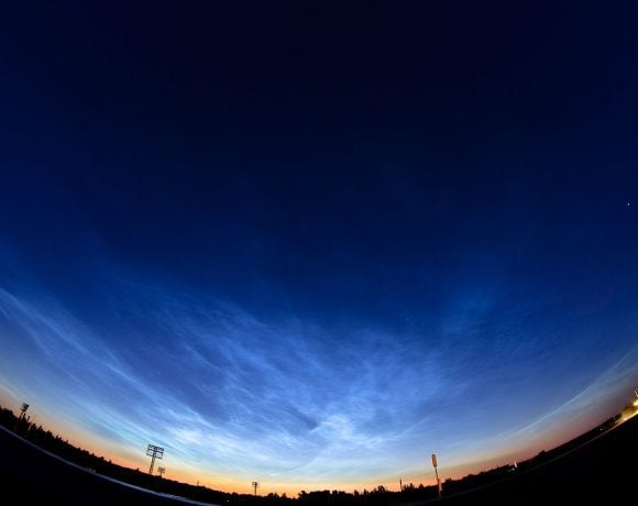 Noctilucent Clouds Panorama (Wikimedia Commons)