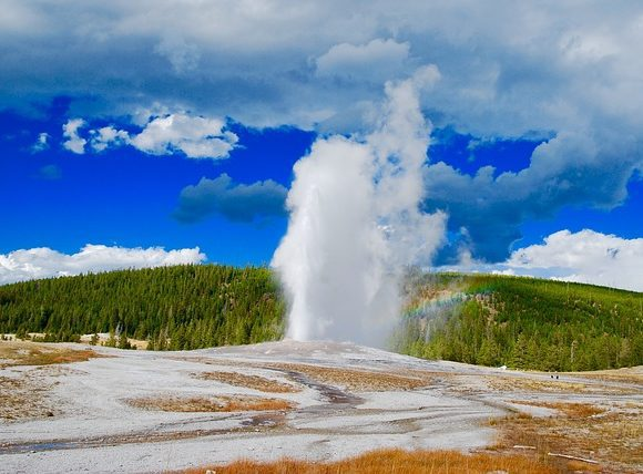 Yellowstone Geyser Park Aspen Mountains National