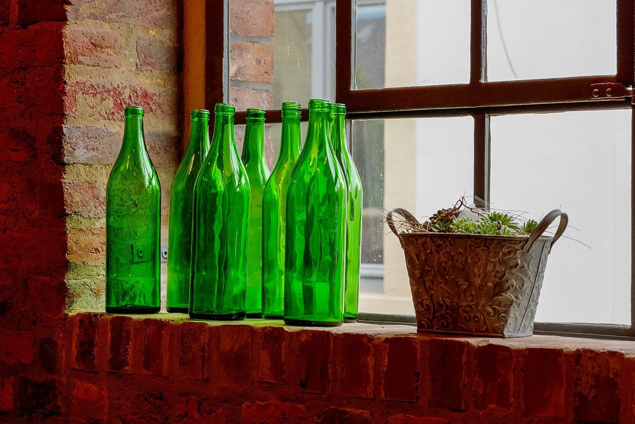 glass bottles by Dietmar Rabich Wikimedia Commons