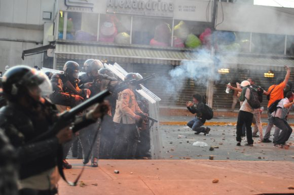 venezuela riots (Wikimedia Commons)