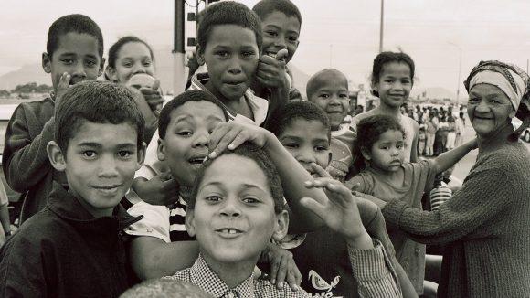 Cape-town coloured-children (Wikimedia Commons)