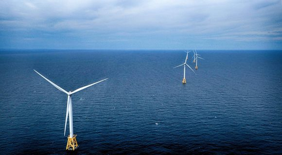 Wind farm (Wikimedia Commons)