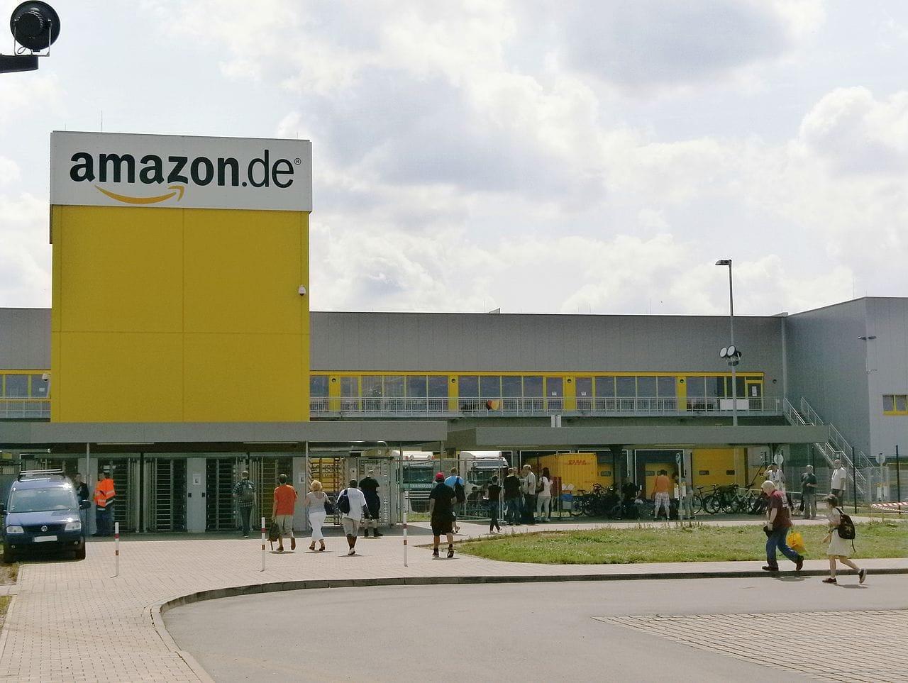 Amazon by blu-news.org Wikimedia Commons