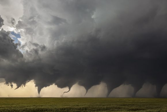 Evolution_of_a_Tornado (Wikimedia Commons)