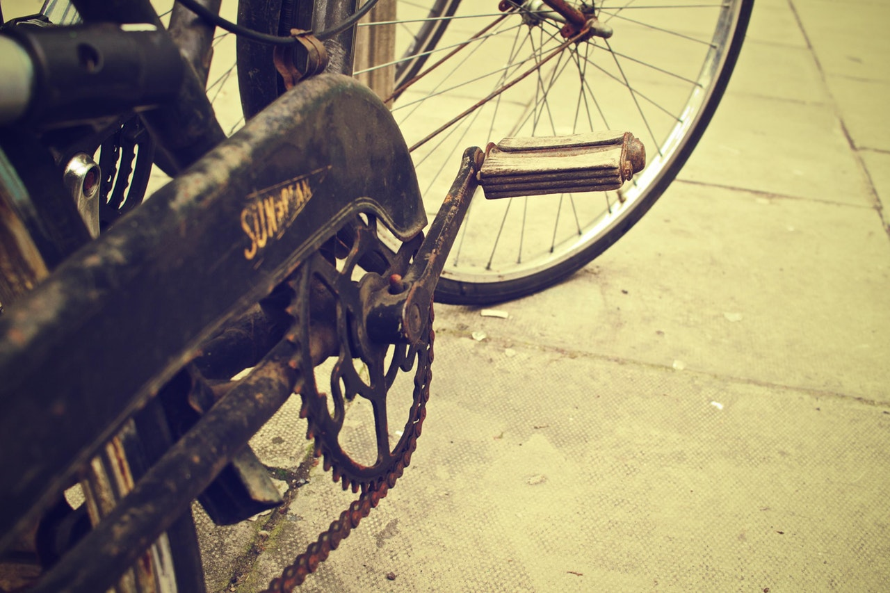 even though it looks old and not nice, you can still use old steel bikes