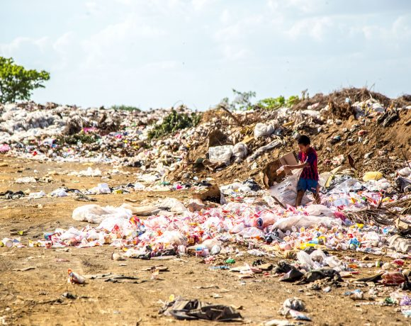 Meet The Indian Man Who Paved The Way To Recycle Plastic