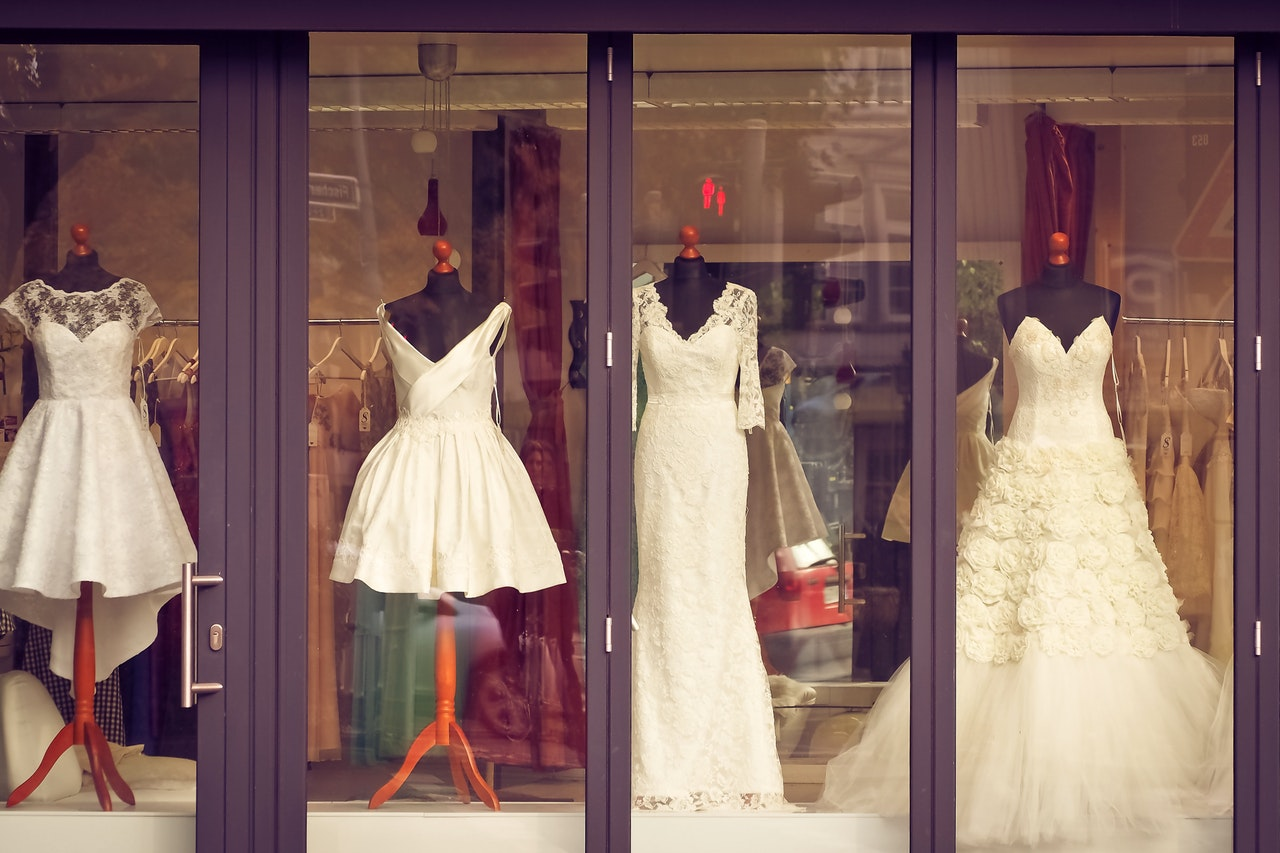 Hey Ethical Bride Wannabes, Check Out These Sustainable Wedding Dresses