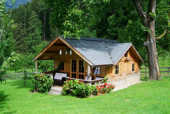 How to Design a Comfortable and Eco-Friendly House