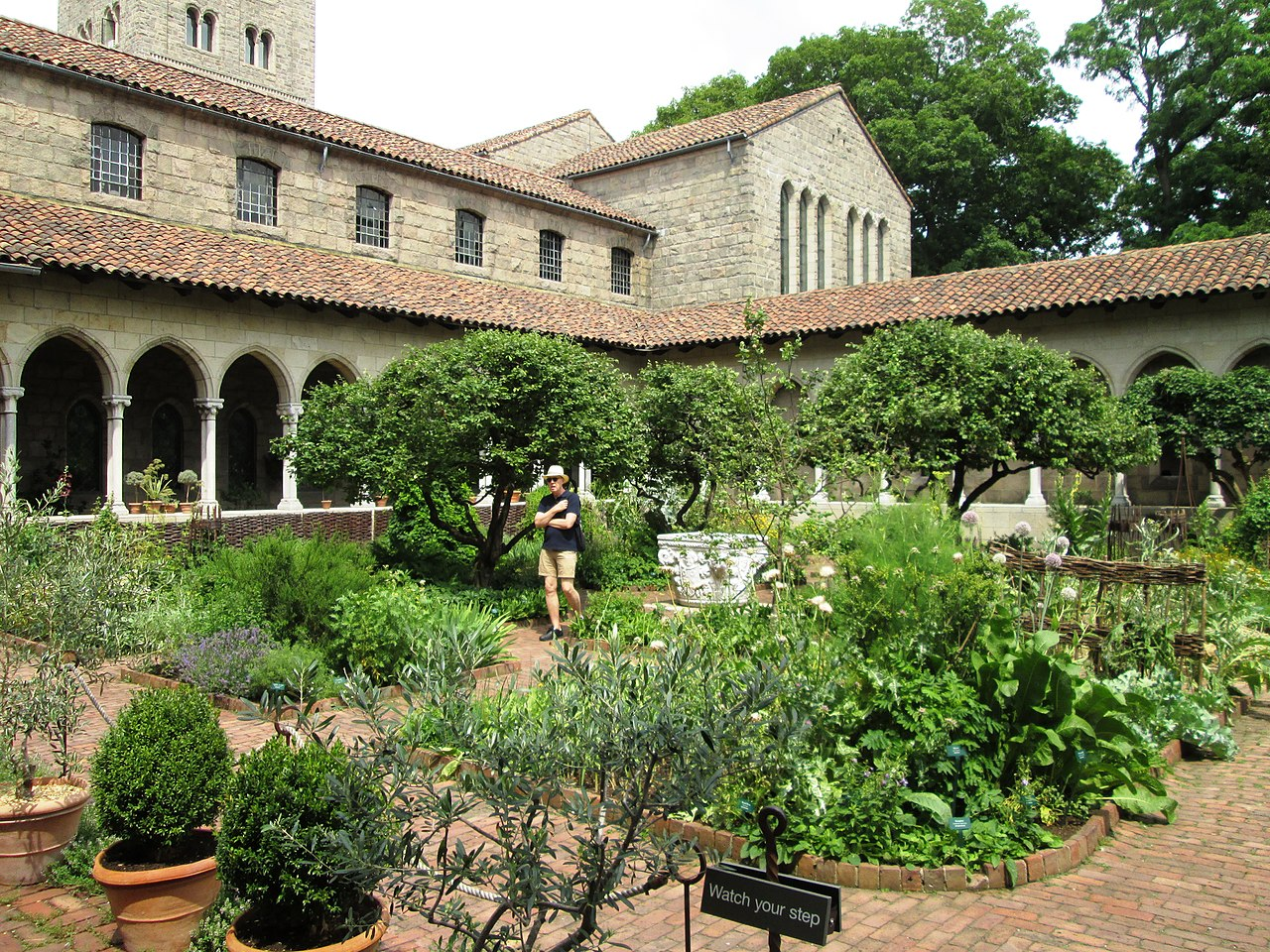 The Cloisters Manhattan by Beyond My Ken Wikimedia Commons