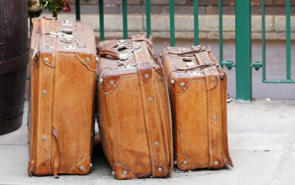 luggage_bags_travel_suitcase_trip_baggage_journey_tourist-1203342.jpg!d