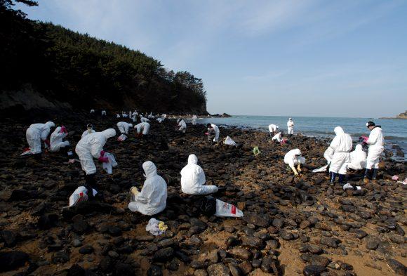 Mallipo Beach Oil Spill
