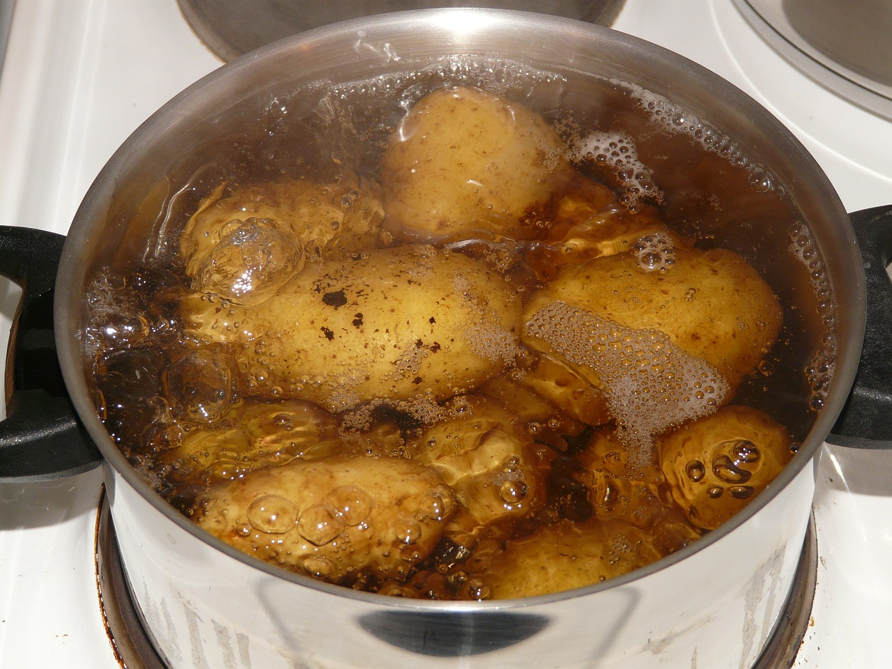 water from boiled potatoes shouldn't be thrown away