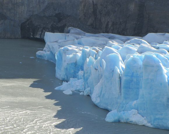Can We Stop Glacier Melting By Building  Walls?