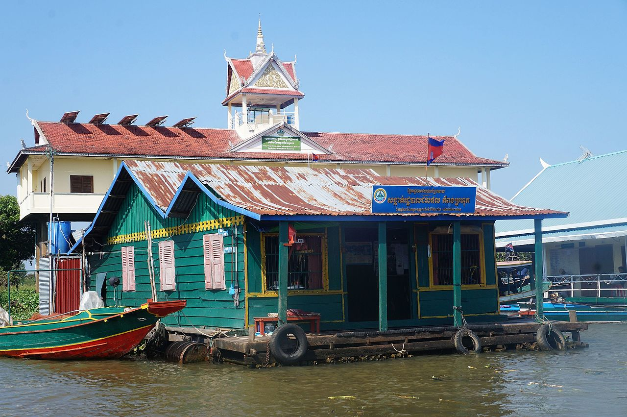 Tonle Sap by Pierre Andre Leclerq Wikimedia Commons