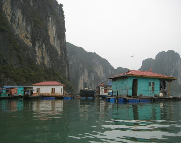7 Mesmerizing Floating Villages Around the World that You Should Visit