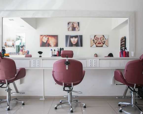Do You Run A Salon Business? Make It Eco-Friendly With These Steps
