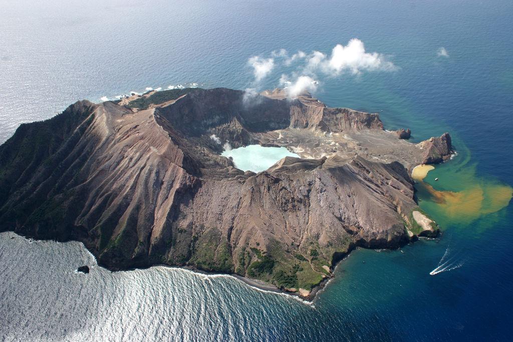 White Island,_New_Zealand