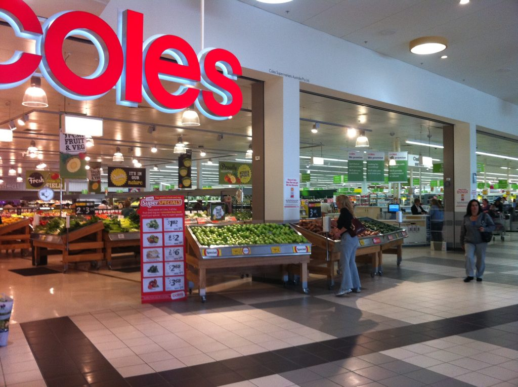 Refurbished_Coles_supermarket (Wikimedia Commons)