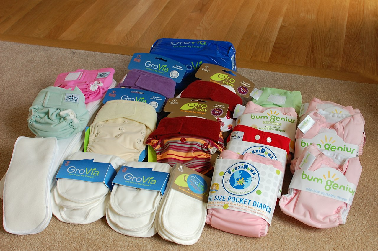 cloth diapers by Audrey Wikimedia Commons
