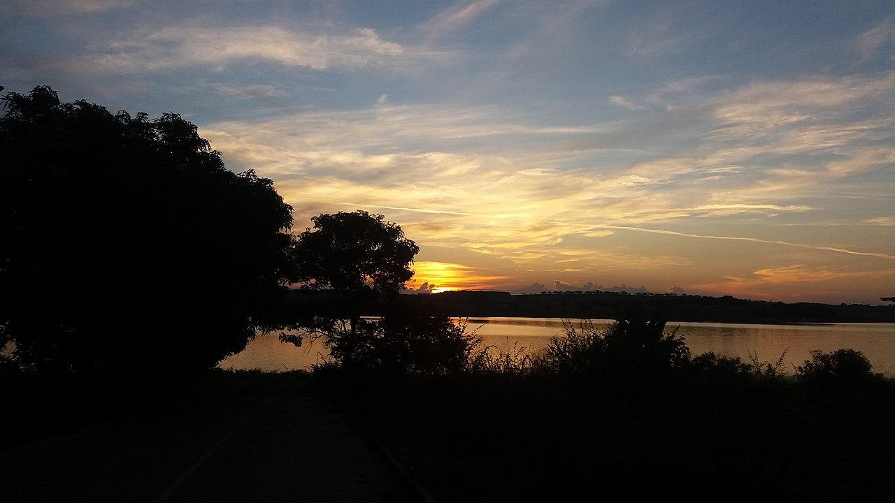 Sunset in Furnas by Antoninhocd Wikimedia Commons