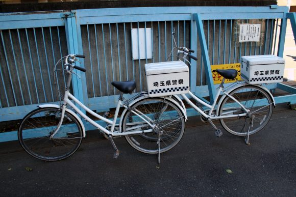 Japanese_police_bicycle (Wikimedia Commons)