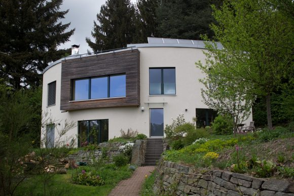 Passive House by Hans S