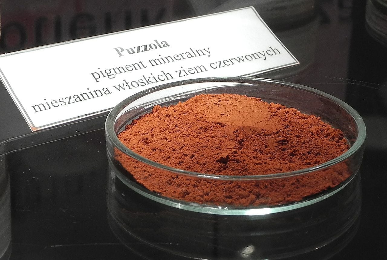 pigment derived from mineral. photo by Mariuszjbie Wikimedia Commons
