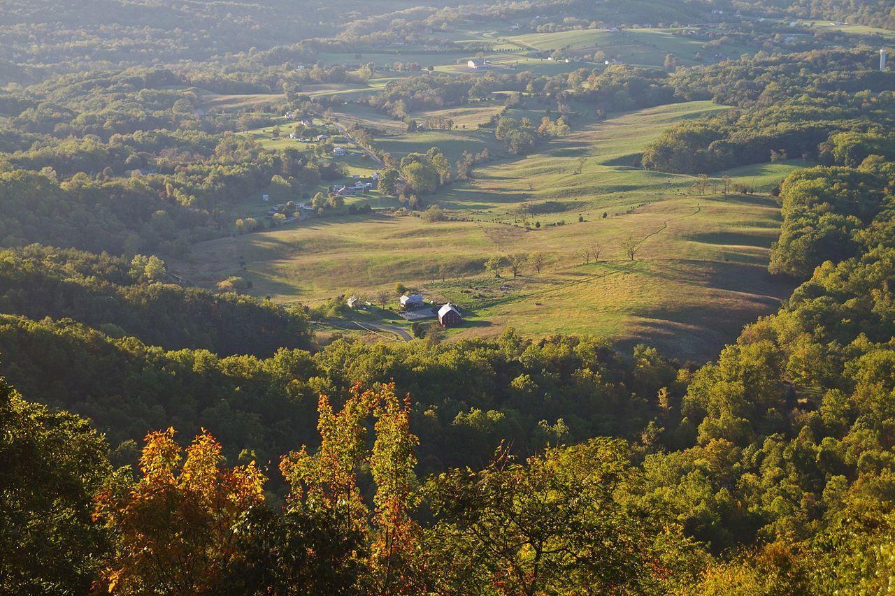 Shenandoah National Park by Niagara66 Wikimedia Commons