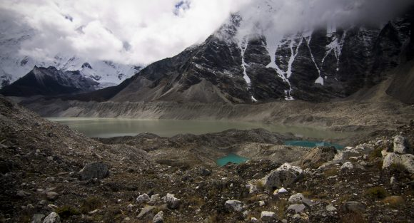 imja lake himalaya