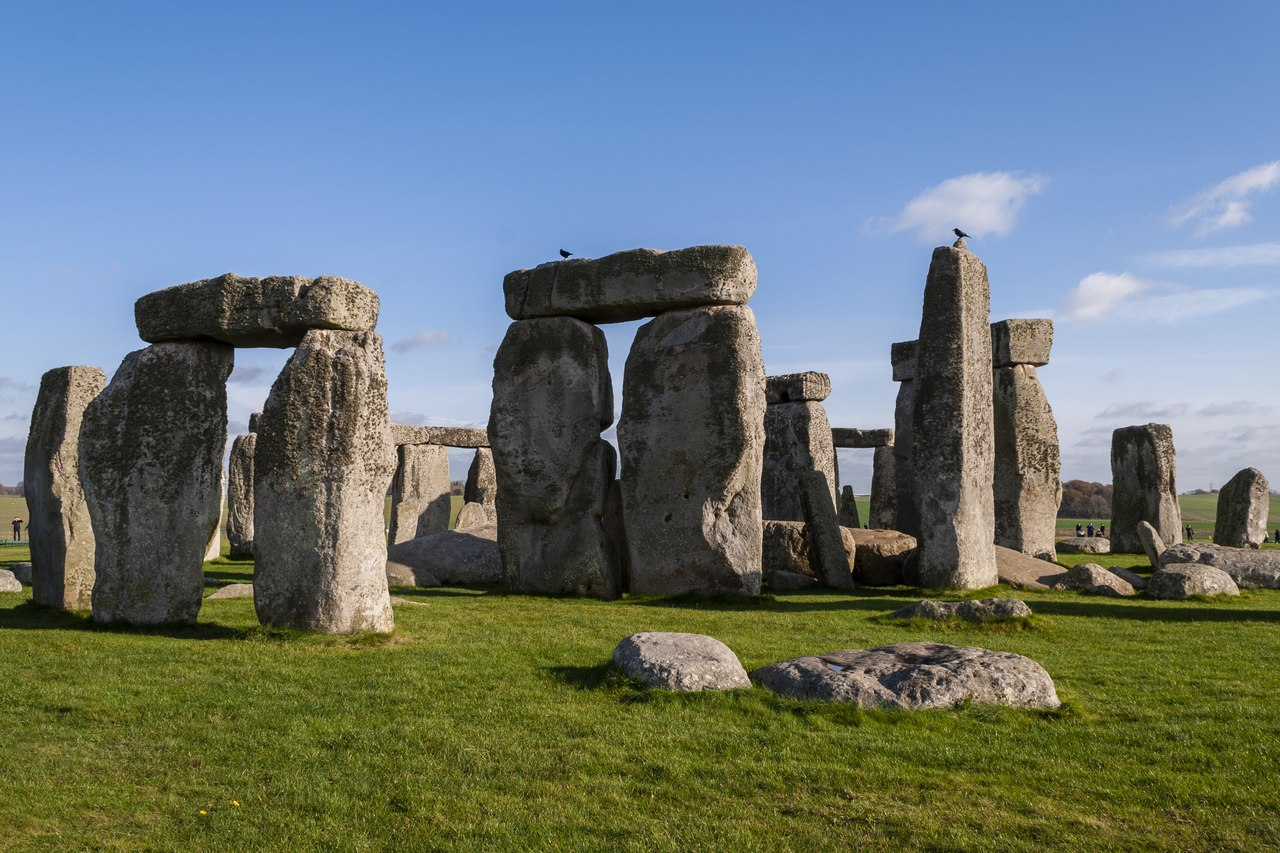 the infamous stonehenge now available in virtual tour
