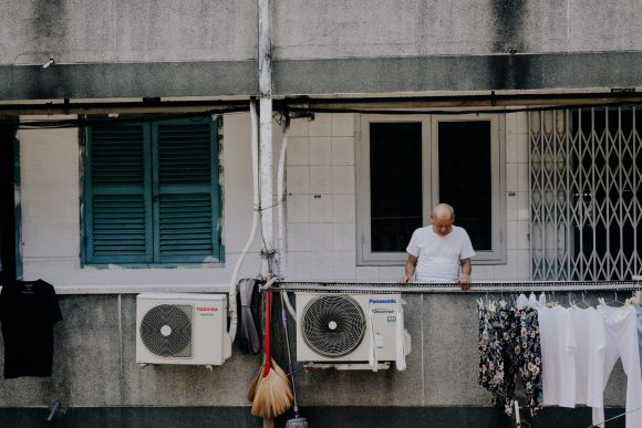 staying cool at home without air conditioner