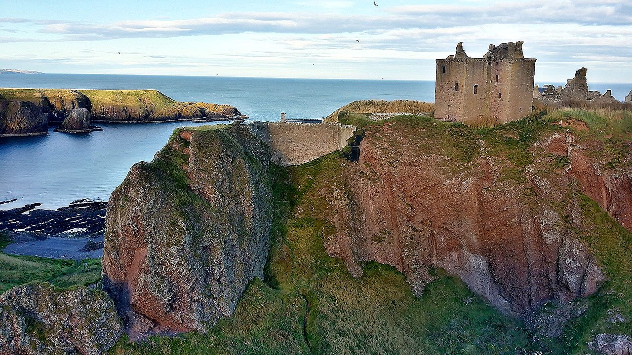 Dunnottar Castle by Herbert Frank Wikimedia Commons