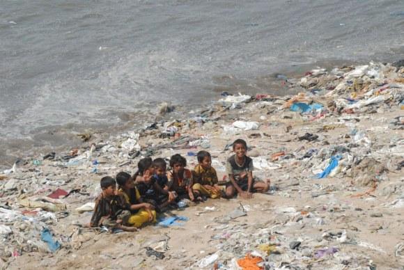 plastic beach versova