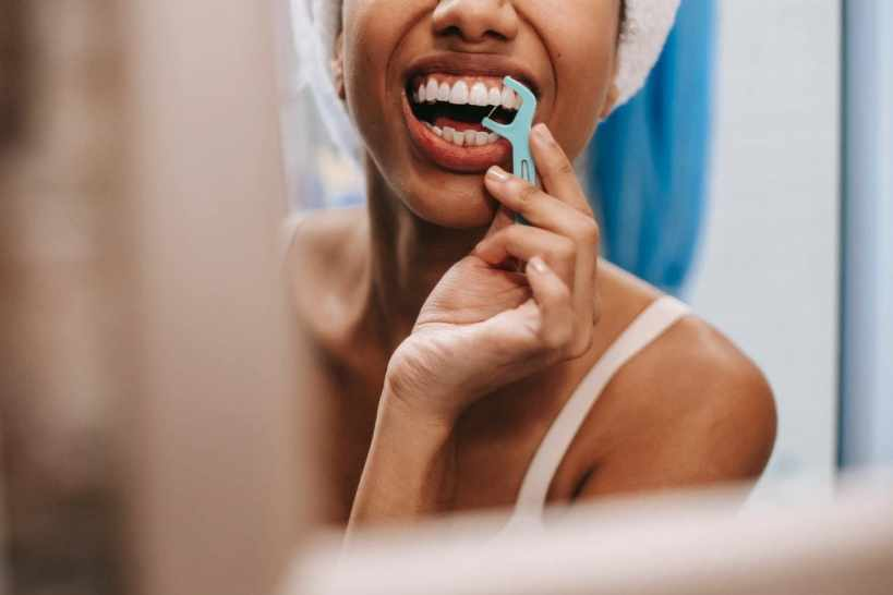 These Eco-Friendly Dental Floss Brands are Perfect for Green Dental Hygiene Lovers