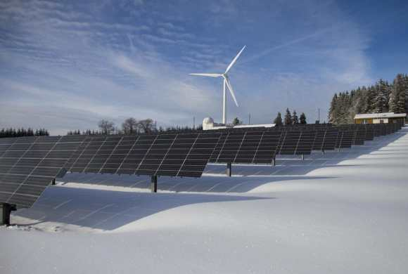ice and winter can make wind turbines inefficient