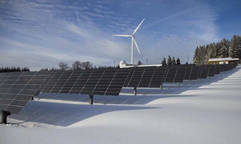 Apparently, Winter and Ice Can Make Wind Turbines Perform Poorly; Here's Why
